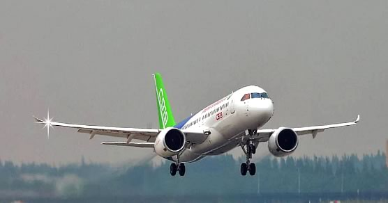 COMAC C919 at takeoff