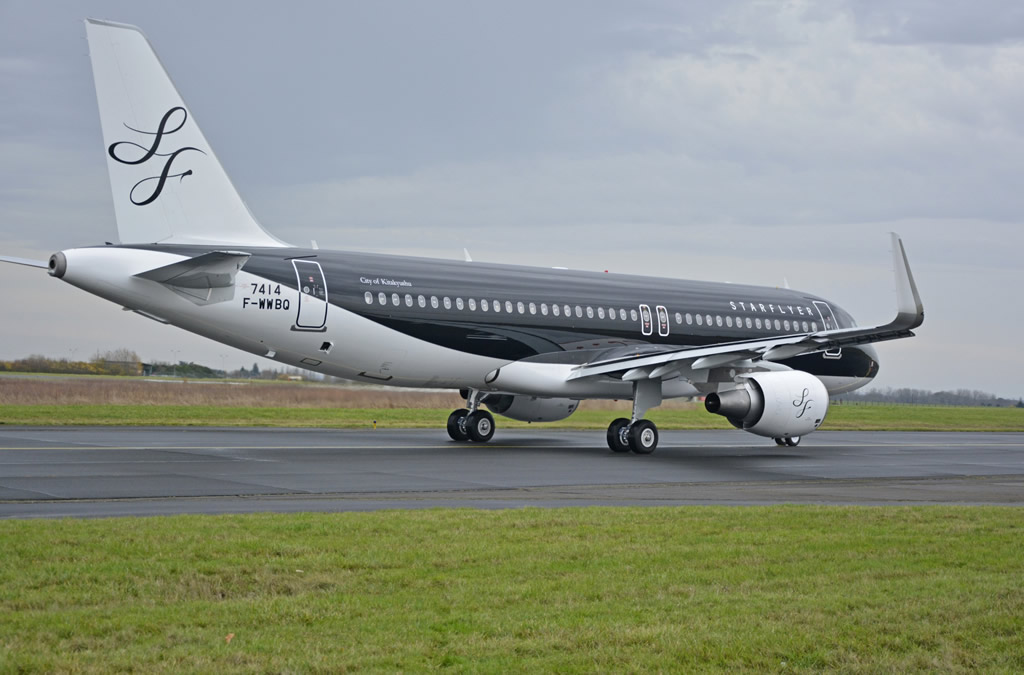 Airbus A320 Starflyer