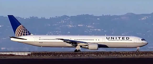 Boeing 767-424 of United Airlines at San Francisco International Airport (SFO) in California