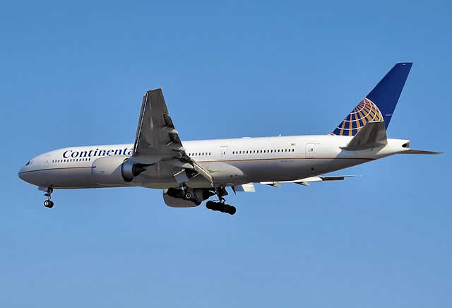 Continental Airlines Boeing 777-200