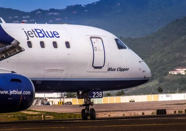"Embraer E190 N238JB ""Blue Clipper"" of JetBlue Airways"