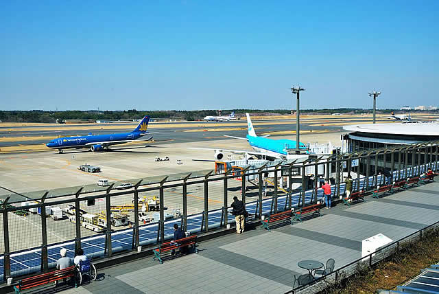 Tokyo's Narita Airport offers observation decks in Terminal 1 and Terminal 2